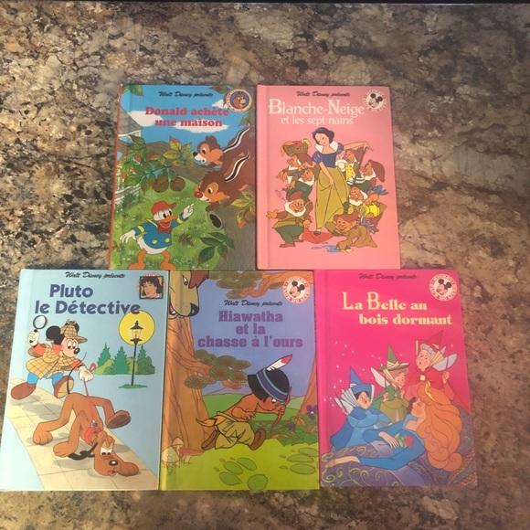Vintage Disney French books